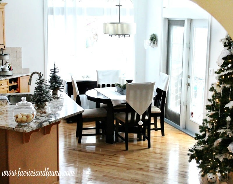 Christmas home tour with a dining room and kitchen decorated in all white Christmas decor. , Christmas House, Christmas Home, Christmas house tour