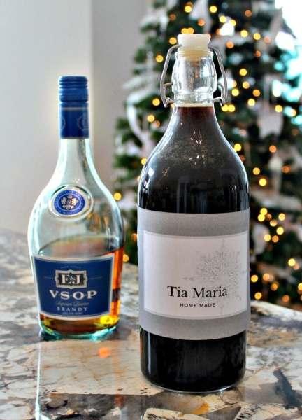 Home made liqueurs, homemade Tia Maria, Tia Maria, Tia Maria drinks, Tia Maria beverages