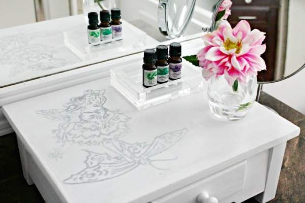 bathroom display, bathroom organizer, bathroom decor, vanity decor, vanity organizer, vanity makeover,