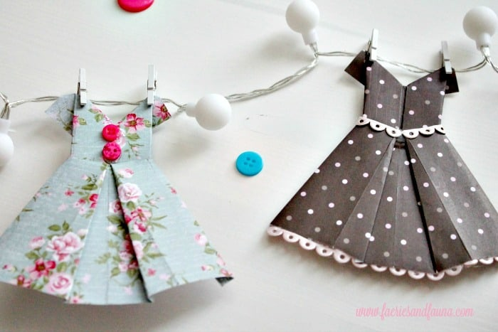 origami dress, DIY paper banner, paper dress banner, paper dress design, spring banner, DIY spring decor, paper home decor, paper dress, banner