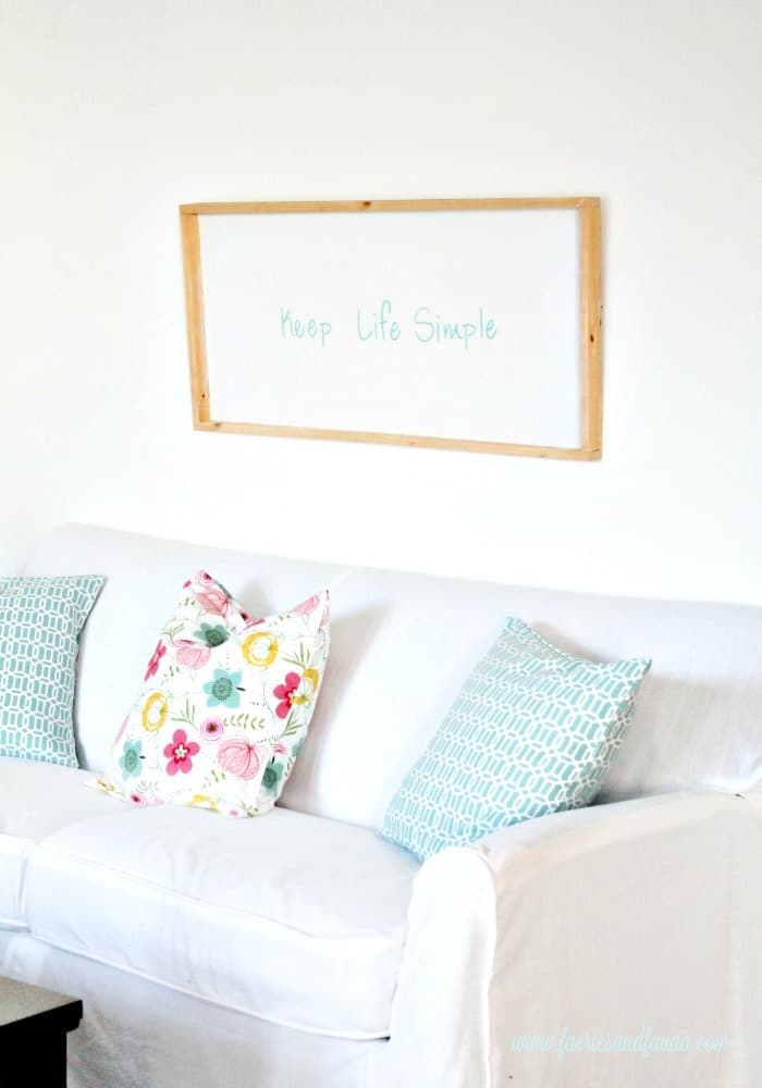 A clean white and turquoise DIY sign for Spring decor or Summer decor. Keep life simple sign,  DIY signs,  DIY wood sign making,  DIY painted signs, DIY home decor signs, DIY summer decor