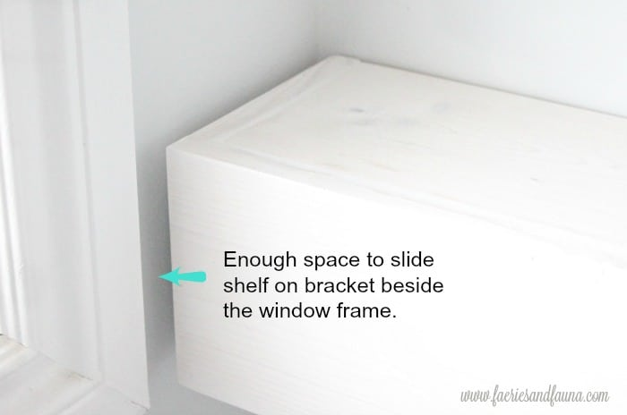 DIY bathroom shelf idea. in white.