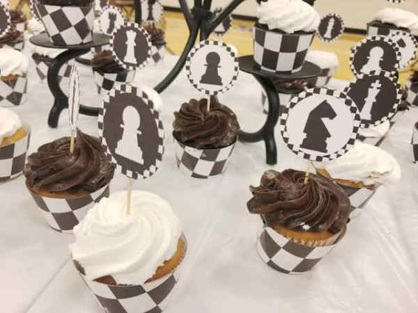 Waste not Wednesday Feature Cupcake Topper