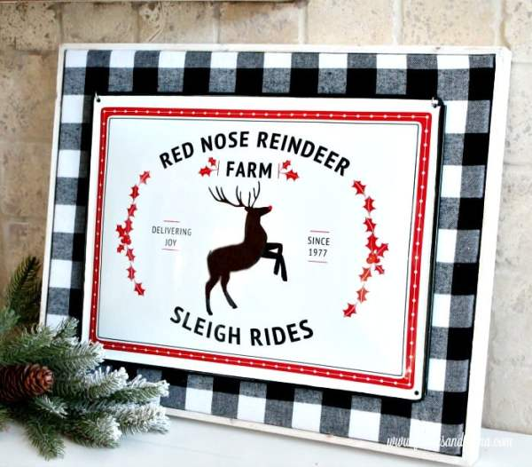 Christmas DIY Sign with Buffalo Check Background