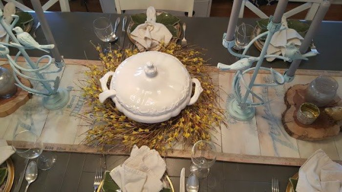 Waste Not Wednesday Feature of a DIY wooden farmhouse table runner.