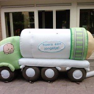 Geboorte vrachtwagen