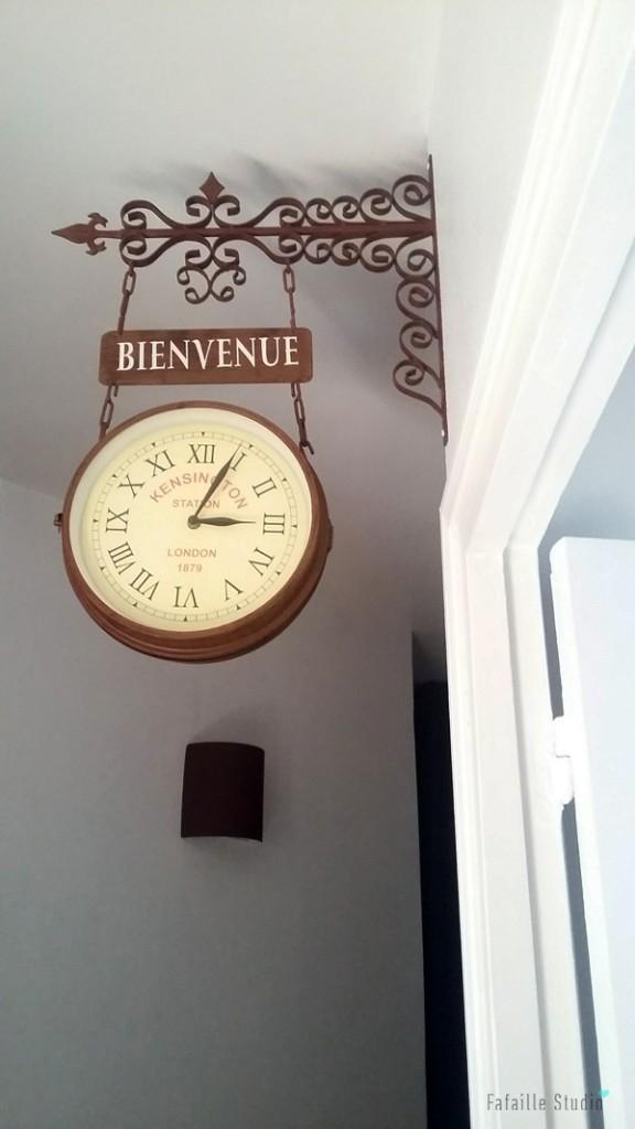 Horloge Bienvenue dans entrée