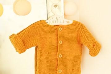 Gilet tricoté point mousse bébé