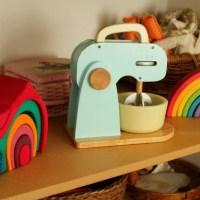 Voyage au pays de Montessori #3  - Des étagères et des paniers