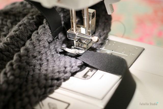 Coudre anses sur sac en tricot