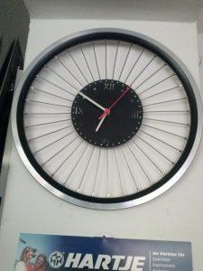 Fahrradladenuhr