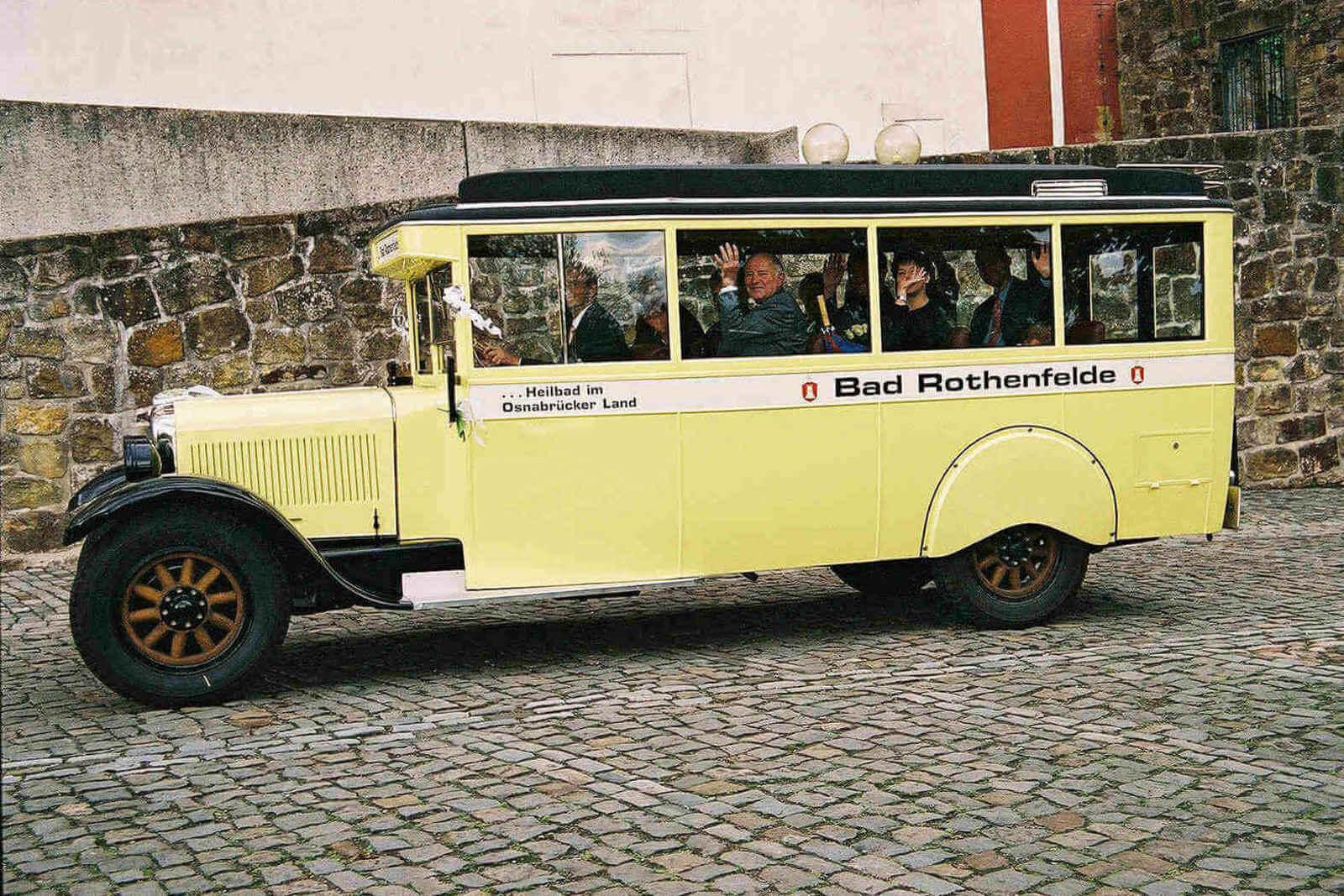 Brennabor Oldtimer-Bus...