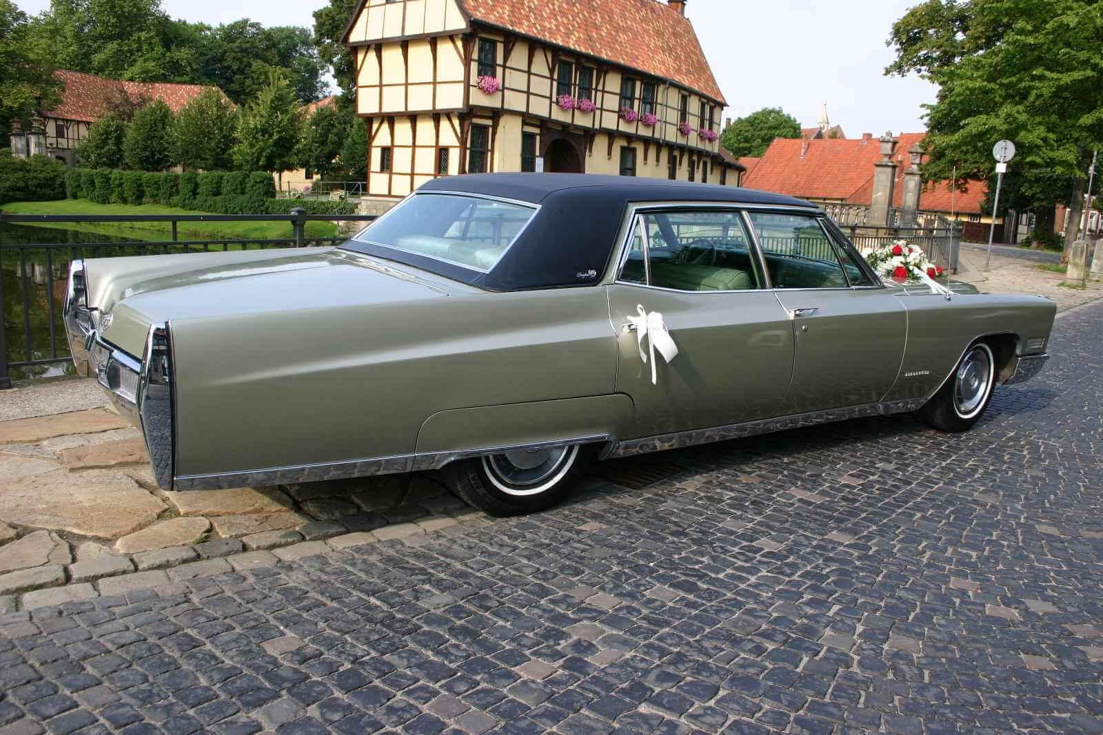 Cadillac Fleetwood 60_3