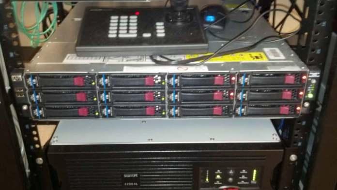 hp server drive array failure