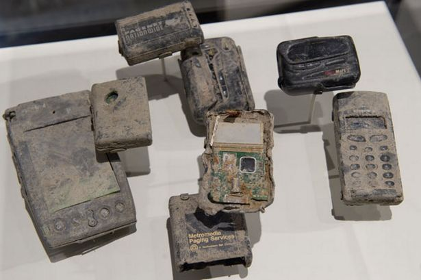mobile-phones-vfound-in-the-rubble-from-the-september-11-2001-attacks-on-the-world-trade-center-407272218