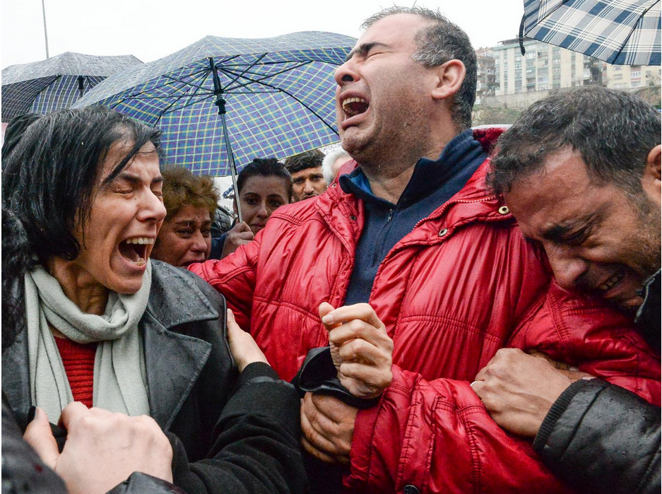 Independent: Mourners outside an Ankara morgue