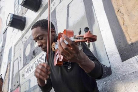 Black_Violin_13