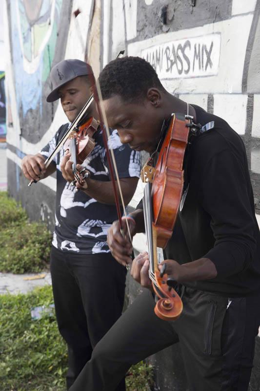Black_Violin_14