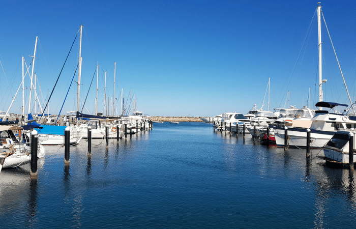 Sailing around Oz! See the Best of Australia.