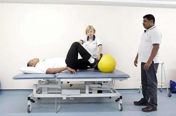 staff-using-plyinth-table