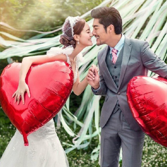 Gigantic Heart Balloons from JH Couture | Fairly Southern