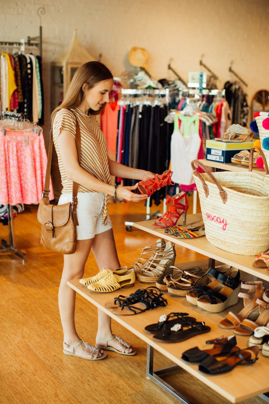 6 Tips for Consignment Clothes Shopping Success
