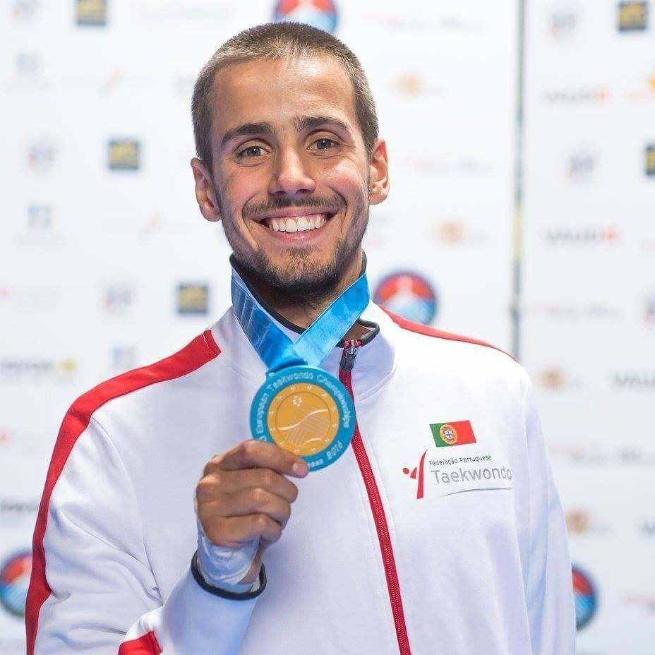 Medalha de Ouro nos Campeonatos da Europa 2016, em Montreux | Foto: Facebook Rui Bragança