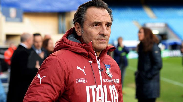 Cesare Prandelli, ex-seleccionador italiano,é o senhor que se segue no banco do Valencia.[Foto: spor.haber7.com]