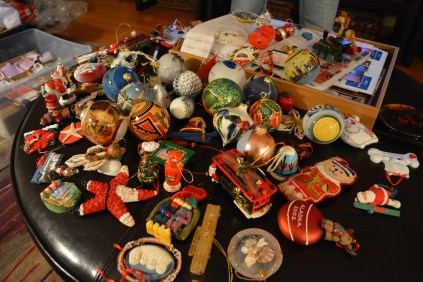 M'lady collects ornaments from traveling. Shutter 1/30, ISO 3200.