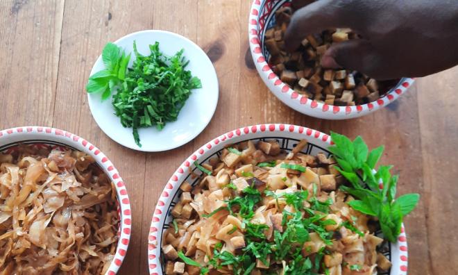 Krautfleckerl - Rezept für ein gesundes regionales veganes Familiengericht