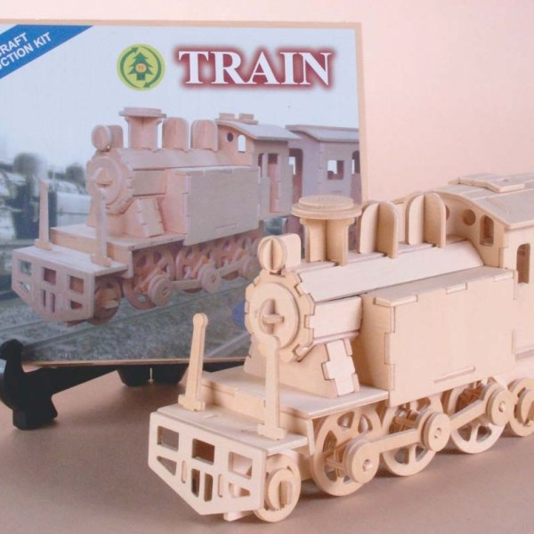 Wood Locomotive Construction Set   7-2239