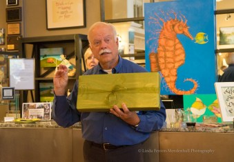 Artist Paul Brent lectures after painting LIVE!