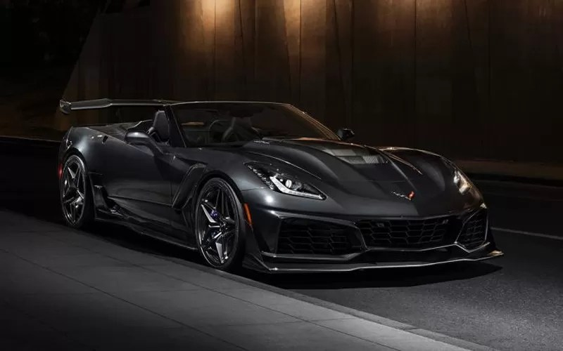 Chevrolet-Corvette-ZR1-Break-the-Lap-Record