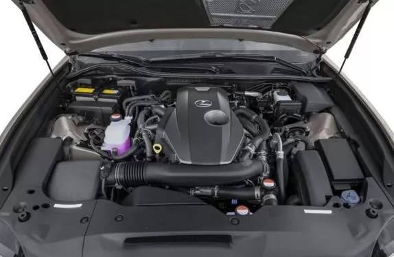 Lexus GS 2018 engine image