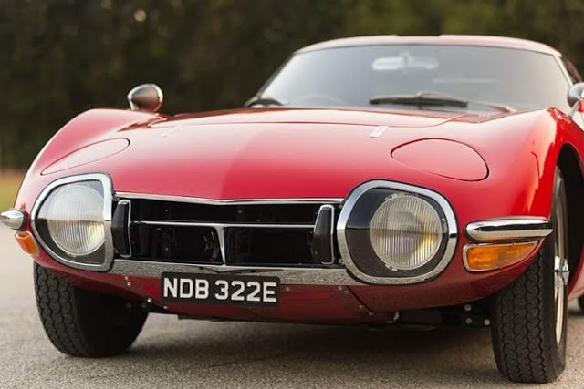 Gorgeous looking classic super car by Toyota company