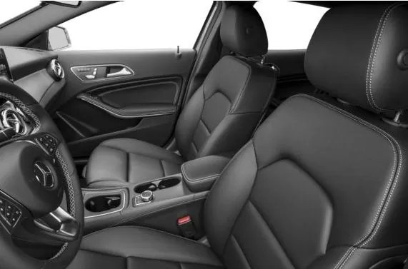 Mercedes AMG GLA45 2018 Front Seats