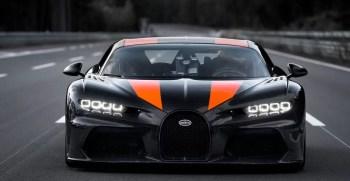 Bugatti Chiron sets new world record of 300 mph