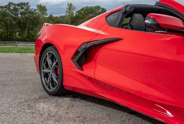 2020 Chevrolet corvette side aerodynamic air intakes