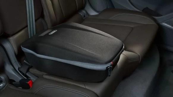 1st generation Audi Q8 SUV center seat view
