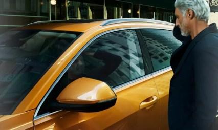 1st generation Audi Q8 SUV side mirror with indicator