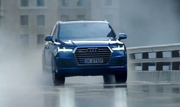 2nd Generation audi Q7 SUV front view blue