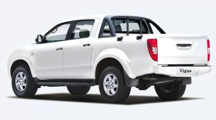 2nd generation jmc vigus 5 pickup truck side and rear view