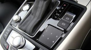 4th generation audi a6 s6 saloon dials and other controls