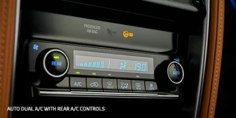 2nd generation facelifted toyota fortuner suv ac controls