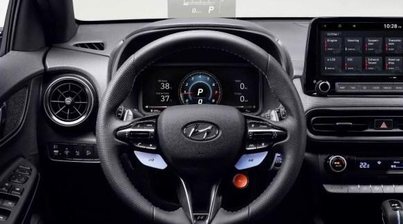 hyundai kona N high performance sportier small suv steering wheel and instrumet cluster