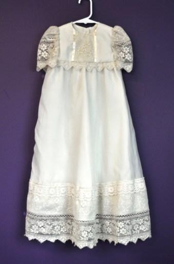 MarkerC gown02