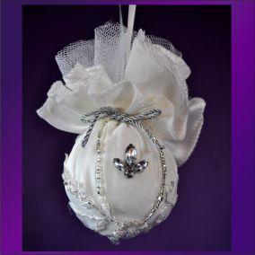 Ornament victorian ball 14