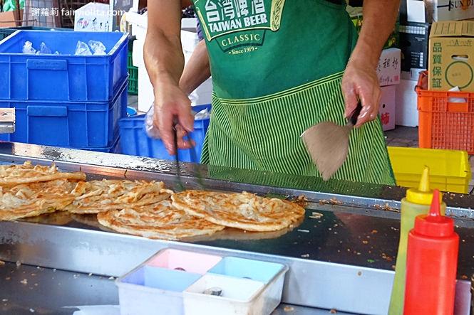 32014161668 8d86b1c208 b - 緣味蔥抓餅   在地人喻為心目中第一名,一開攤就排隊,天天大排長龍只為吃這味!