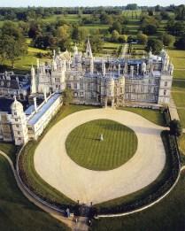 Vista aérea de Burghley House. Autor desconhecido.