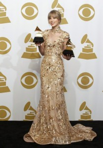 Taylor Swift, no Grammy de 2012.